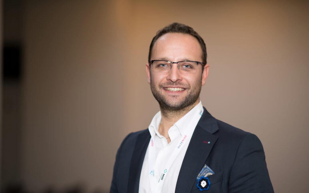 Conf. Univ. Dr. Bogdan Alexandru Vițălaru, Președinte Societatea Română de Nefrologie Veterinară Hemodialivet: Despre managementul cabinetului veterinar