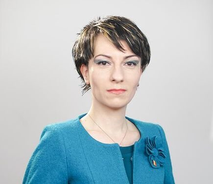Ana-Maria Icătoiu, Vicepreședinte, Organizația Femeilor Antreprenor, UGIR: Există multe oportunități de finanțare pentru cabinetele de medicină veterinară, disponibile până la sfârșitul anului